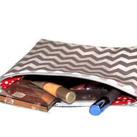 Chevron Cosmetic Bag // Grey and White Make Up Pouch // Grey Cosmetic Case // Chevron Make Up Case // Toiletry Bag // Beauty Storage