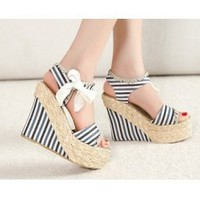 Wholesale Feet to show beautiful simple flax weave belt wedge heel sandals CZ-0745 blue - Lovely Fashion