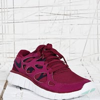 Nike Free Run+ 2 Trainers in Wine - Urban Outfitters