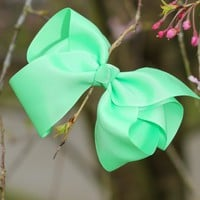 Preppy Perfection Hair Bow-Lime