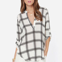 V-sionary Ivory and Black Plaid Print Top
