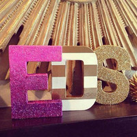 Customizable initial glitter boxes