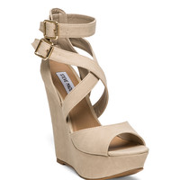 Steve Madden Xfoliate Wedge in Cream