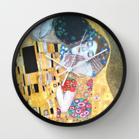 Love & The Kiss - Gustav Klimt Wall Clock by BeautifulHomes