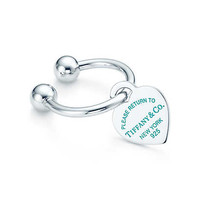 Tiffany & Co. - Return to Tiffany™ heart tag key ring in sterling silver with enamel finish.