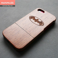 Wooden iPhone 5C case - Batman iPhone 5C case - Cool iPhone 5C Case - Wood iPhone 5C case - Sapele - 130010
