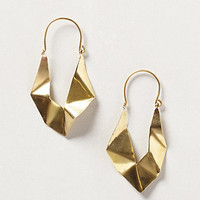 Fluttered Arrow Hoops