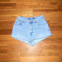 Vintage Denim Cut Offs - 90s Light Wash Jean Shorts - Cut Off/Frayed/Distressed/Medium High Waist Shorts by GAP - Size 7/8 Spring/Summer