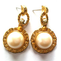 Vintage/Antique Gold Tone and Pearl Dangle Earrings
