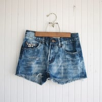 Acid Washed Studded High Rise Denim Shorts - 28 Waist
