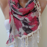 Pink and Grey Scarf with Beige Trim Edge New by SwedishShop