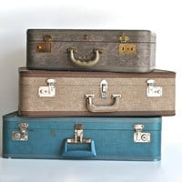 Grey Mid Century Suitcase - US Trunk Company