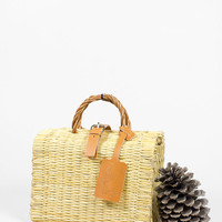 White Basket. No. 00.