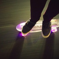 Snitto SK8 ELECTRIC BLUE CLEAR LED CRUISER Lightup Skateboard