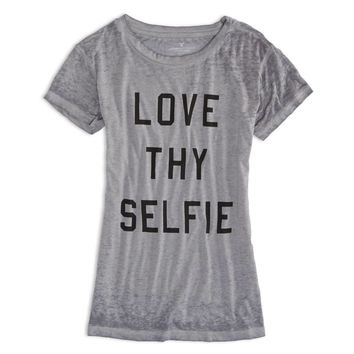 AE LOVE THY SELFIE GRAPHIC T-SHIRT