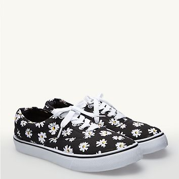 Daisy Retro Sneakers | rue21