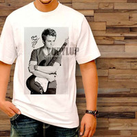 hunter hayes signature T-Shirt by yupylup