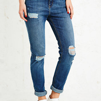 Light Before Dark Low-Rise Ripped Jeans in Mid Wash - Urban Outfitters