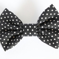 4 inch bow, Black and white polka dot Hair Bow, hair bows for woman and girls, fabric bow, toddler hair accessory, adult bow,