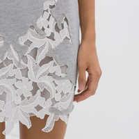 SKIRT WITH LACE FRONT