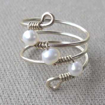 Fresh Water Pearl Wrapped Silver Wire Twist Ring Size 6