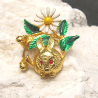 Vintage Trembler Brooch Rabbit Easter P3936