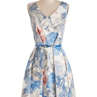 Make a Grand Entrance Dress in Floral | Mod Retro Vintage Dresses | ModCloth.com