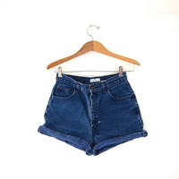 STOREWIDE SALE...Vintage dark blue jean shorts. high waisted shorts.