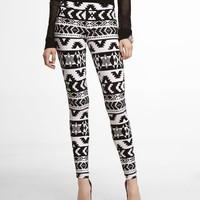 AZTEC SEXY STRETCH LEGGING