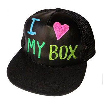 Write-Hat, Express yourself...write or draw what you feel (free shipping)