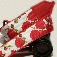 Roses camera strap. DSLR camera strap. White and red camera strap. Flowers camera strap. Women accessories