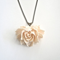 Ivory Pendant Necklace  Gorgeous Flower on by ASimpleKindOfFancy