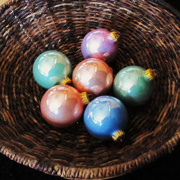 vintage pastel glass ornaments. set of 3. 18 glass ornanments. Krebs.