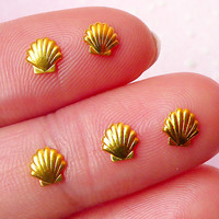 Mini Seashell Sea Shell Cabochon (5pcs) (5mm / Gold Plated) Fake Miniature Cupcake Topper Mini Seashell Nail Art Nail Decoration NAC131