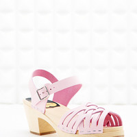 Swedish Hasbeens Braided Wooden Sandals in Pink - Urban Outfitters