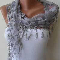 Light Grey Scarf with Trim Edge Shaped Leaves by SwedishShop