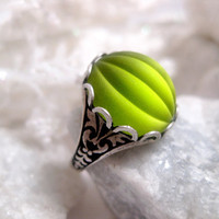 Green With Envy Gothic Ring by FashionCrashJewelry on Etsy