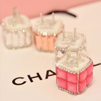 Rhinestone Iphone5s/4s Phone Charger Head (white)