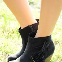 Far Away Boots: Black