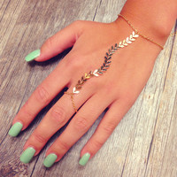 Rori Chevron Hand Jewelry - Gold