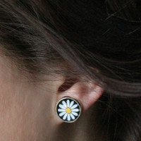 Daisy Stud Earrings : White, Black and Yellow, Fake Plugs, 90s, Nineties, Trendy, Hipster, ArtisanTree