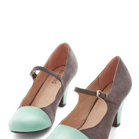 ModCloth Vintage Inspired Chic It Out Heel in Charcoal