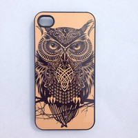 Owl iPhone 4 case, Owl phone case,gold and black iphone 4 case,