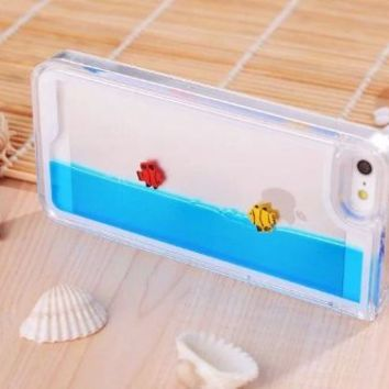 Easygoby Creative Design Free Flowing Liquid Swimming Fish Clear Hard Case For Apple iphone 5 5S…