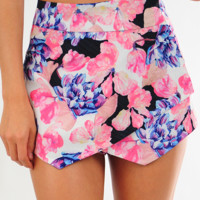 Rose To The Occasion Shorts: Multi
