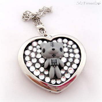 Kawaii robot bear bling bag charm, cute gift under 25, Harajuku fashion, heart shaped purse hanger