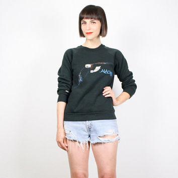 Vintage 90s Sweatshirt EAGLE Bird Print Alaska AK Jumper Pullover Sweater 1990s Tshirt T shirt Novelty Print Screen Print Top XS S Small
