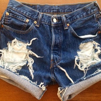 Size 810 Levi 39s High Waisted Jean Shorts
