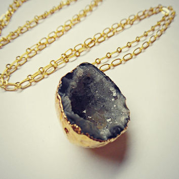 raw geode necklace, gold dipped geode, raw stone necklace, druzy necklace, natural stone necklace