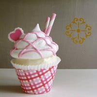 Fake Cupcake Strawberry Sundae I HEART Sundae by 12LegsCuriosities